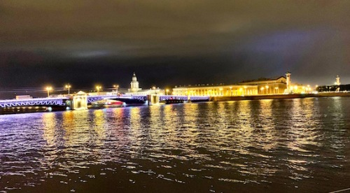 St Petersburg by night